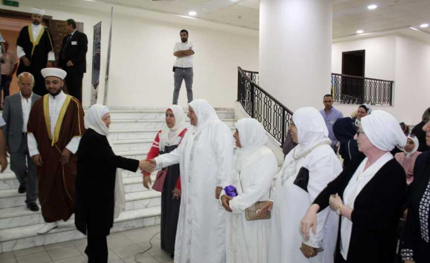 برعاية الحريري حملة السلام للحج والعمرة كرمت حجاج بيت الله الحرام