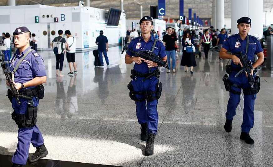 استئناف الرحلات الجوية في مطار هونغ كونغ..