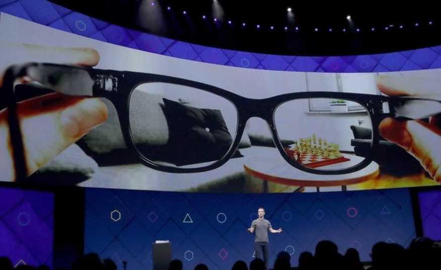 نظارات من فيسبوك.. تغنيك عن الهاتف!