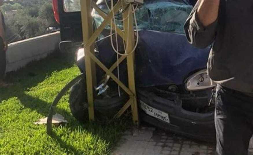 قتيل بحادث اصطدام سيارة بعمود كهرباء في صيدا