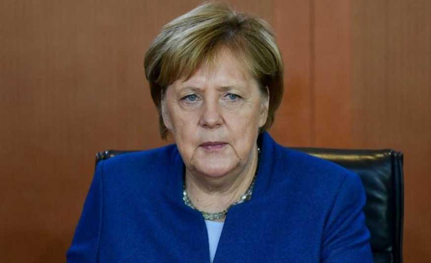 ميركل قلقة من التطورات في الخليج.. وتدعو للدبلوماسية